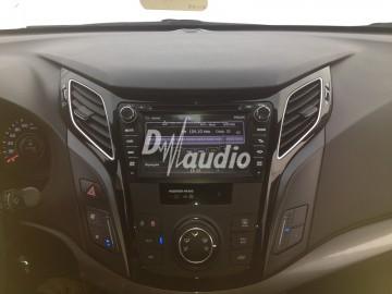 Установка штатного головного устройства в Hyundai i40
