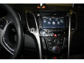 Установка штатного головного устройства в Hyundai i30