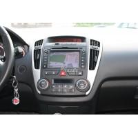 Установка штатного головного устройства в Kia Ceed