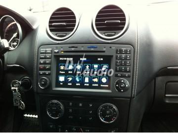 Установка штатного головного устройства в Mercedes GL