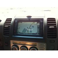 Установка штатного головного устройства в Nissan Navara