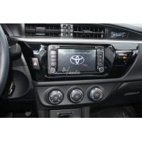 Установка штатного головного устройства в Toyota Corolla 2013