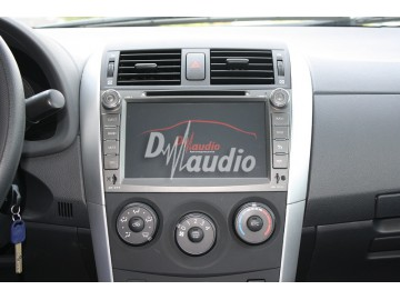 Установка штатного головного устройства в Toyota Corolla