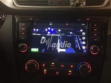 Установка штатного головного устройства в  Nissan Qashqai 2014